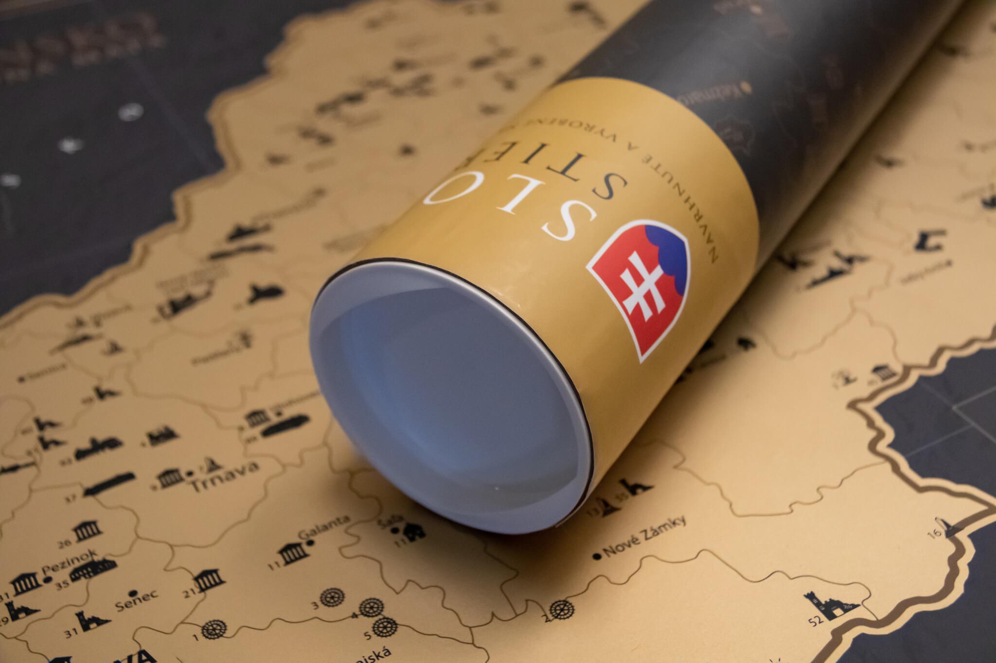 Carte de la Slovaquie à gratter - détail du tube d'emballage