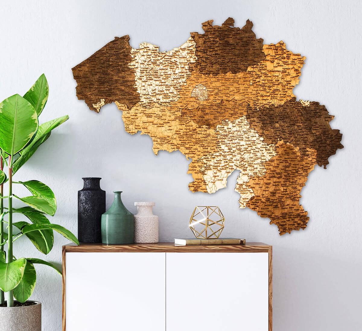 Carte de la Belgique en bois