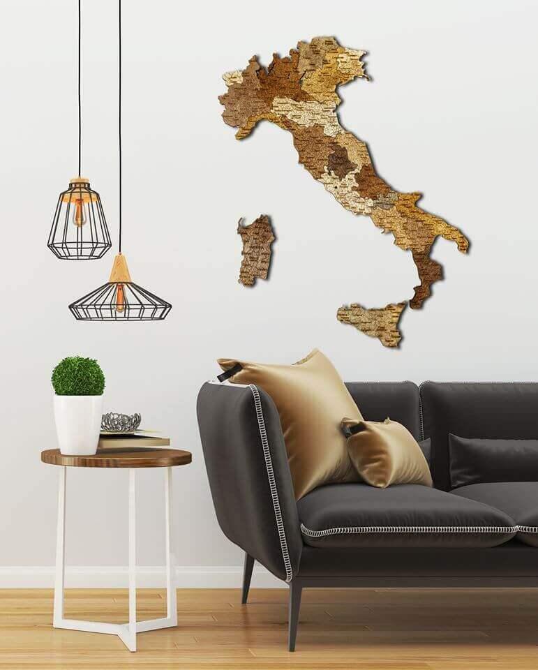 Carte de l'Italie en bois