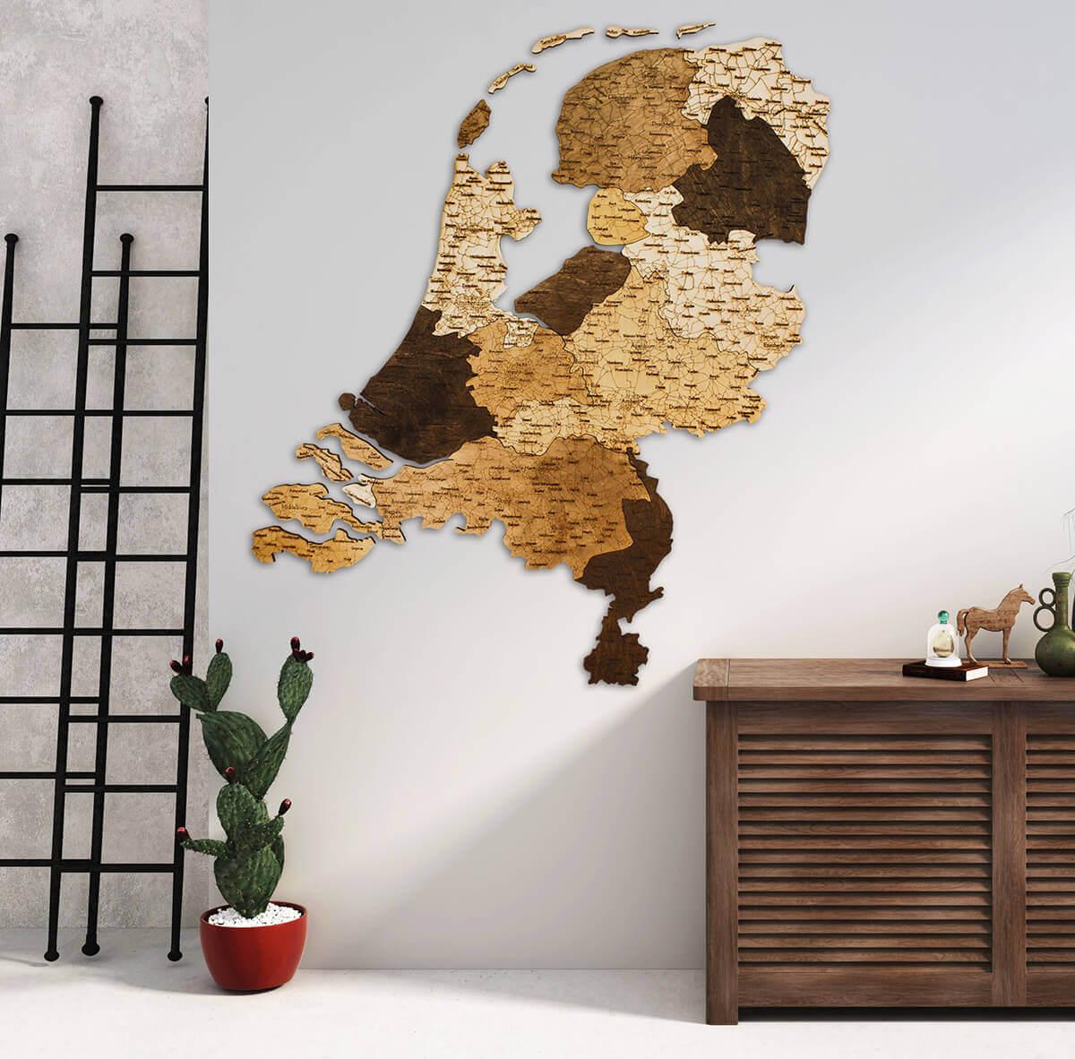 Carte des Pays-Bas en bois