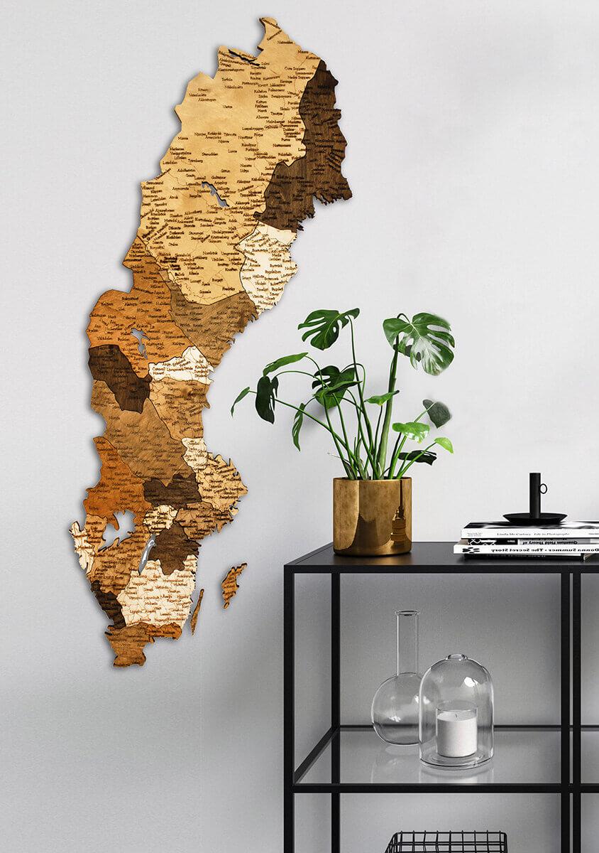 Carte de la Suède en bois